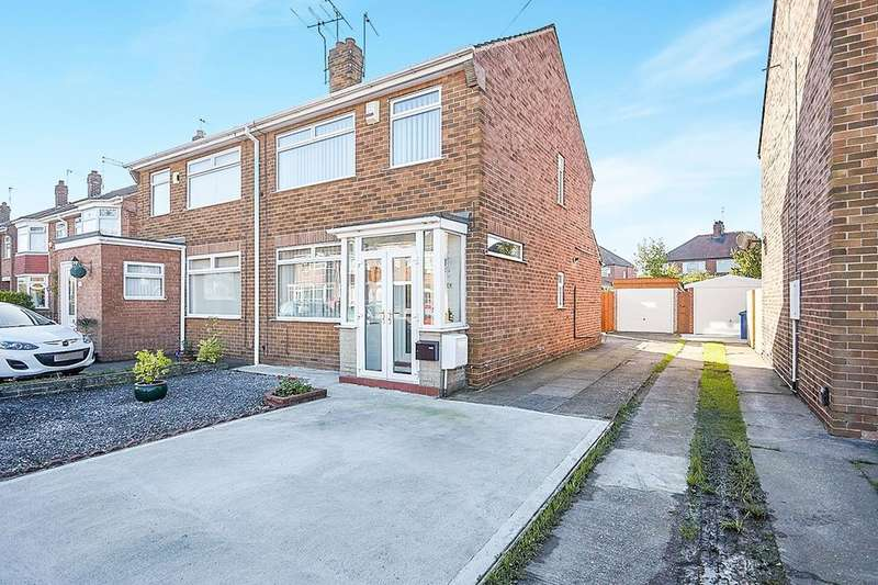3 Bedrooms Semi Detached House for sale in Sherwood Drive, Hull, HU4
