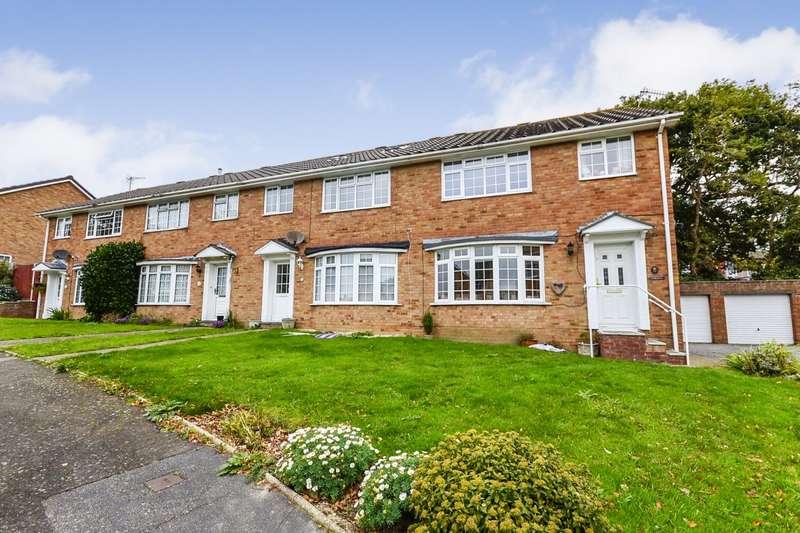 3 Bedrooms House for sale in Chartres Close, Bexhill-On-Sea, TN40