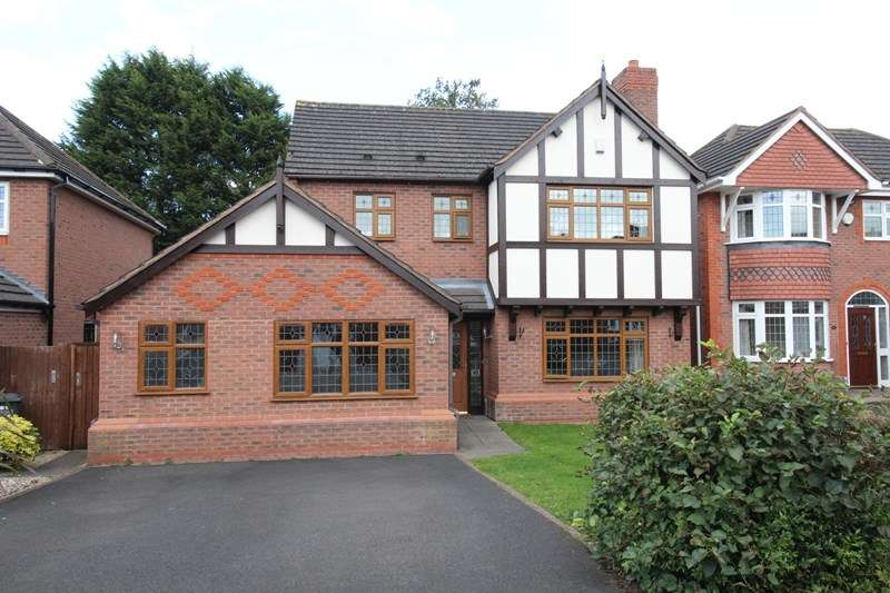 4 Bedrooms Detached House for sale in Stockley Crescent, Shirley, Solihull