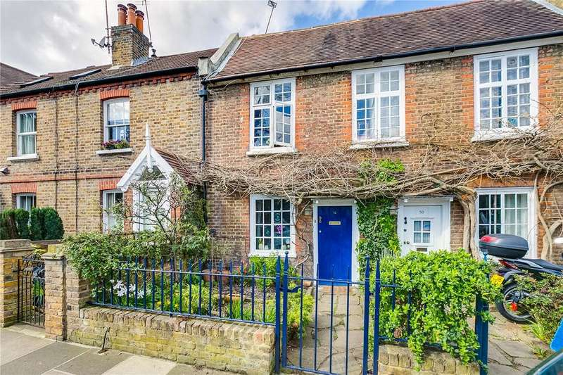 2 Bedrooms Terraced House for sale in Christchurch Road, East Sheen, London