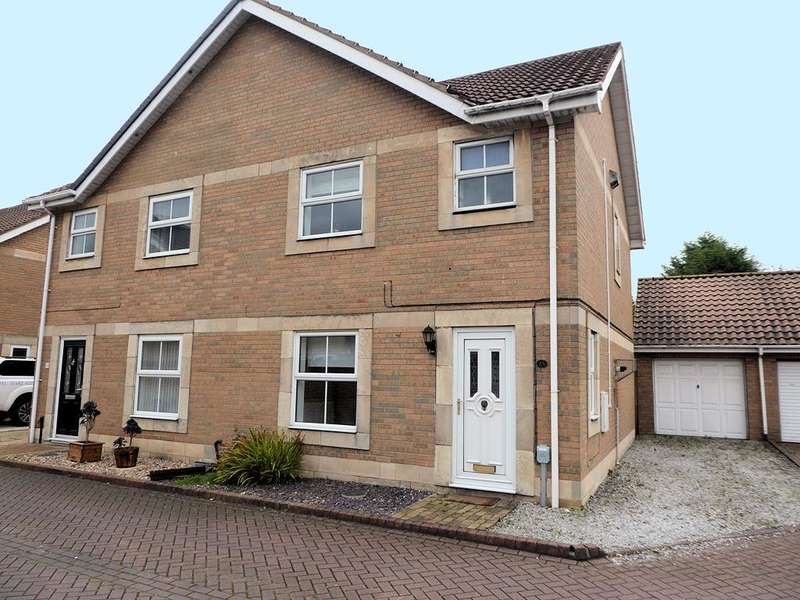 3 Bedrooms House for sale in The Haven, Victoria Dock, HULL, HU9 1TH