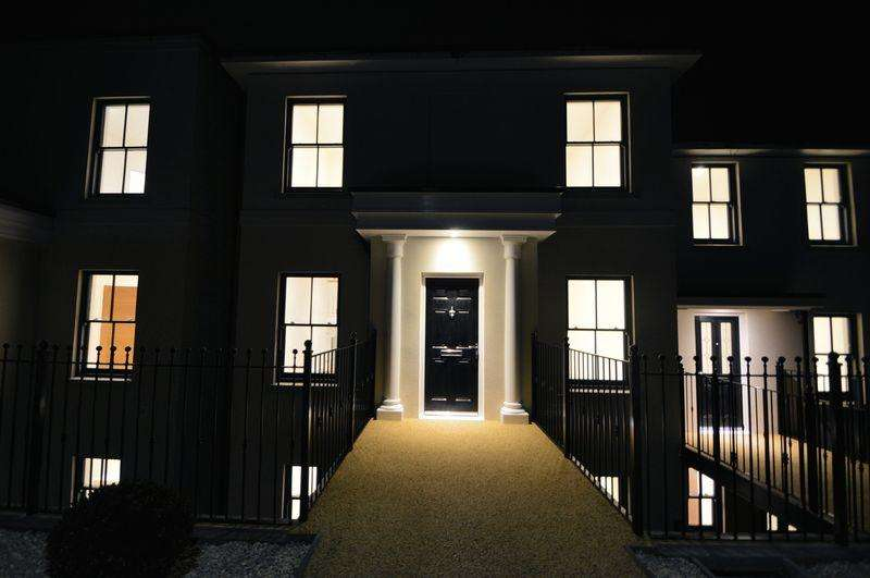 4 Bedrooms Semi Detached House for sale in CENTRAL RYDE