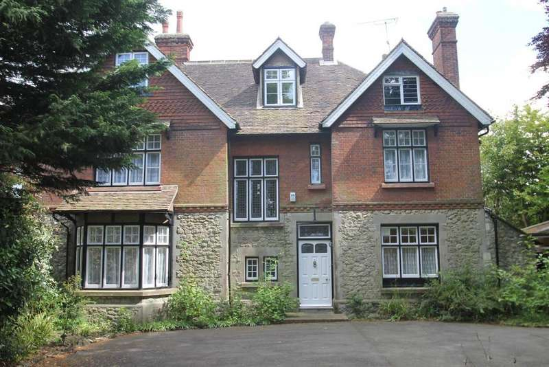 5 Bedrooms House for sale in Queens Avenue, Maidstone