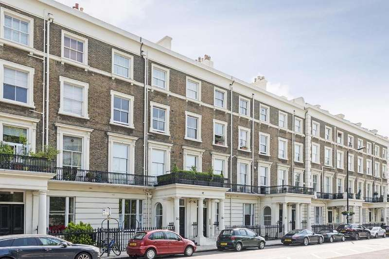 2 Bedrooms Flat for sale in Gloucester Terrace, Bayswater