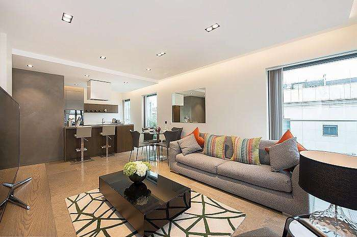 3 Bedrooms House for rent in Babmaes Street, St James's, London, SW1Y