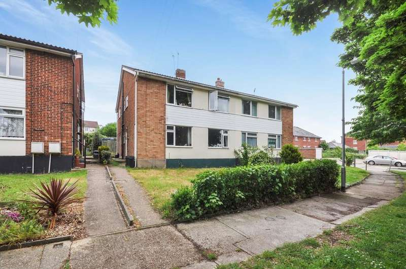 2 Bedrooms Maisonette Flat for sale in Romford Close, Colchester, CO4 0AP
