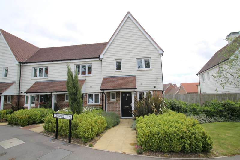 2 Bedrooms End Of Terrace House for rent in Kennard Lane, Haywards Heath