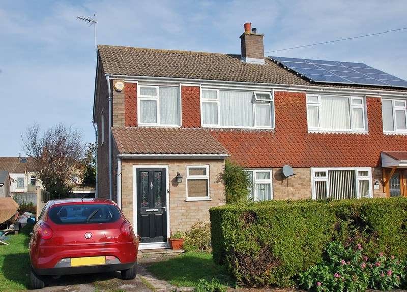 3 Bedrooms Semi Detached House for sale in Waterloo Road, Alverstoke, Gosport