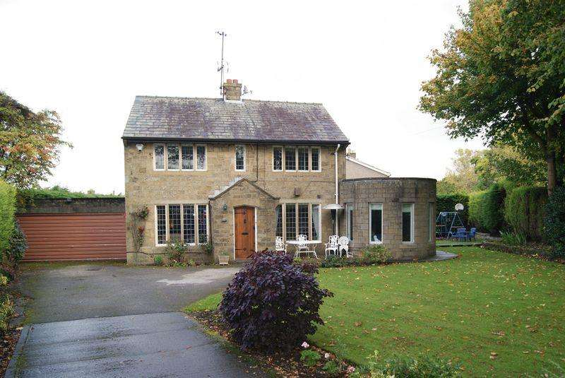 5 Bedrooms Detached House for sale in Cullingworth Road, Bradford