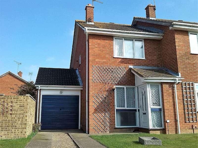 2 Bedrooms Semi Detached House for sale in Volante Drive, Sittingbourne, Sittingbourne, Kent, ME10
