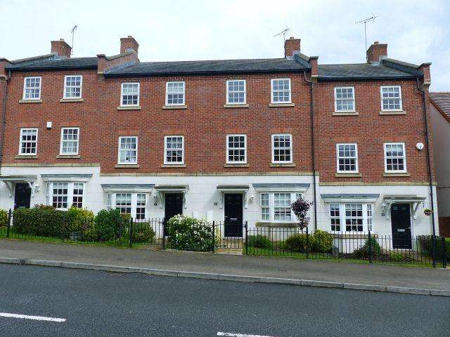 3 Bedrooms Terraced House for sale in Nether Hall Avenue,Nether Hall Park,Great Barr