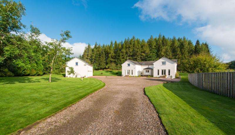 4 Bedrooms Detached House for sale in Seathaugh, Blackford, Auchterarder, Perthshire