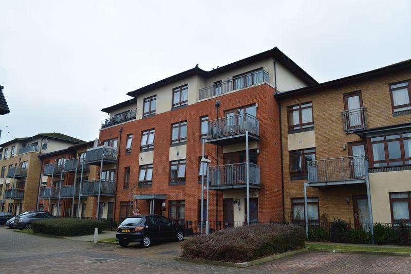 2 Bedrooms Apartment Flat for sale in Atlas Crescent, Edgware