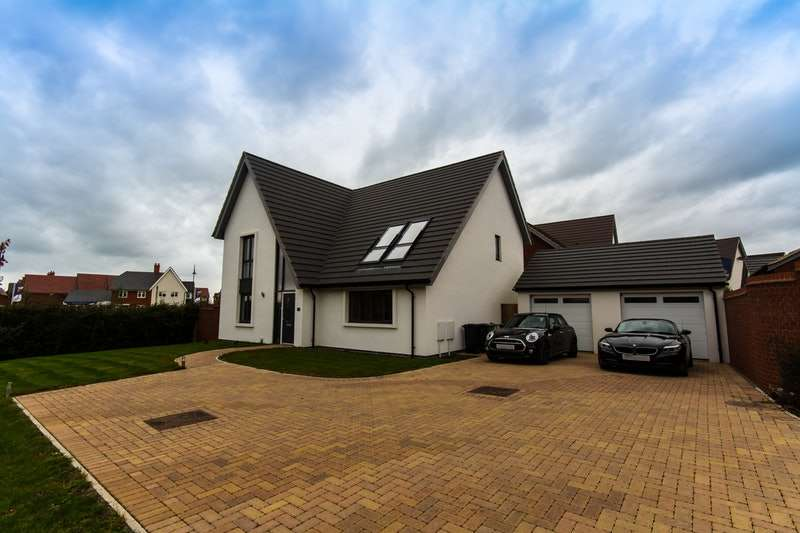 5 Bedrooms Detached House for sale in Rackham Close, Swindon, Wiltshire, SN25