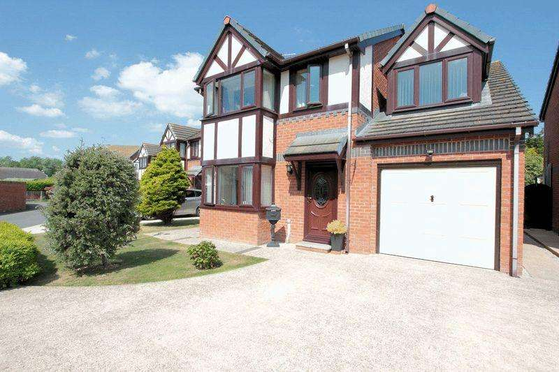 4 Bedrooms Detached House for sale in Hyde Park, Kinmel Bay