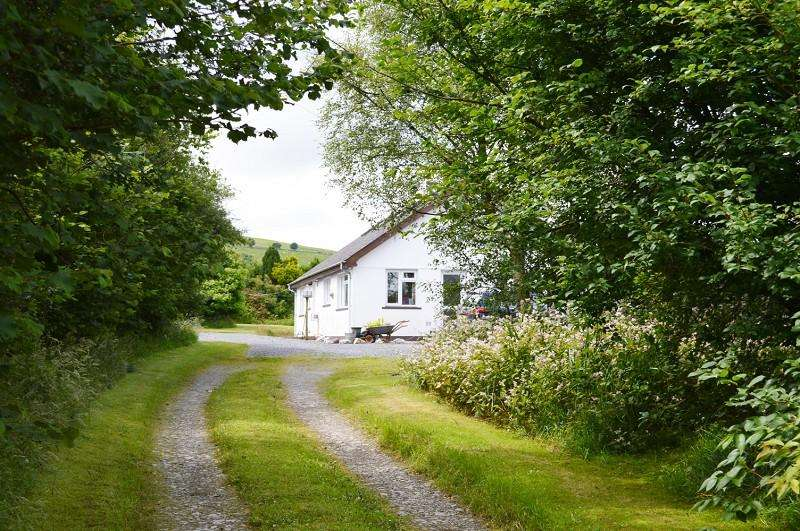 2 Bedrooms Land Commercial for sale in Woodford Green Farm , Ty Mawr, Llanybydder, Carmarthenshire. SA40 9RD