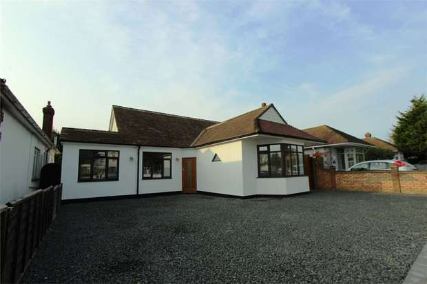 4 Bedrooms Detached Bungalow for sale in London Road, Leigh-on-Sea, Essex