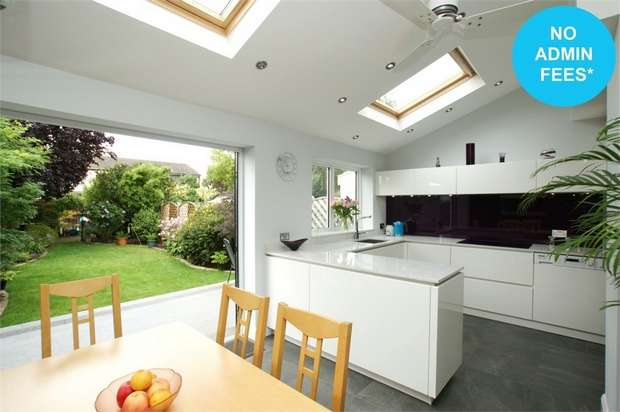 3 Bedrooms Semi Detached House for rent in Nightingale Road, West Molesey, Surrey