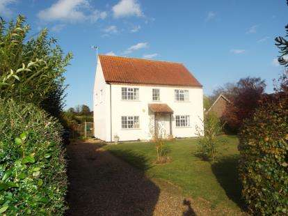 3 Bedrooms Detached House for sale in Little Massingham, King's Lynn, Norfolk