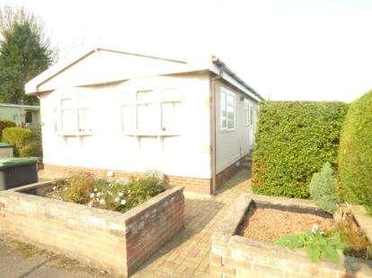 1 Bedroom Mobile Home for sale in Wallow Lane, Great Bricett, Ipswich