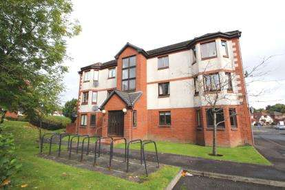 2 Bedrooms Flat for sale in Waverley Crescent, Livingston