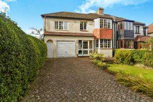 4 Bedrooms Semi Detached House for sale in Riddlesdown Road, Purley, Surrey