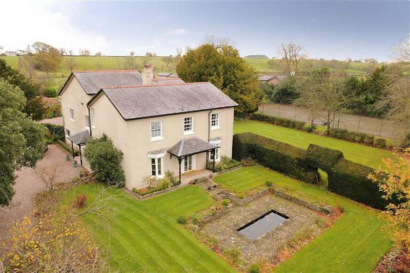 7 Bedrooms Detached House for sale in Overton Road, Bangor-On-Dee, LL13