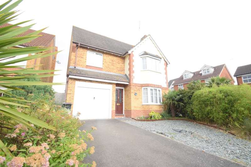 4 Bedrooms Detached House for sale in Peregrine Gardens, Rayleigh