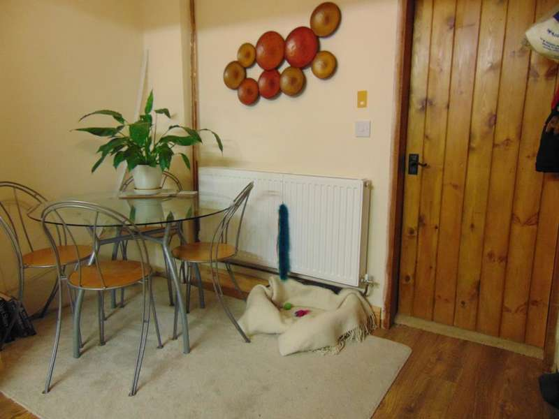 2 Bedrooms Terraced House for sale in River Road, West Walton, Wisbech, Cambridgeshire, PE14 7EX