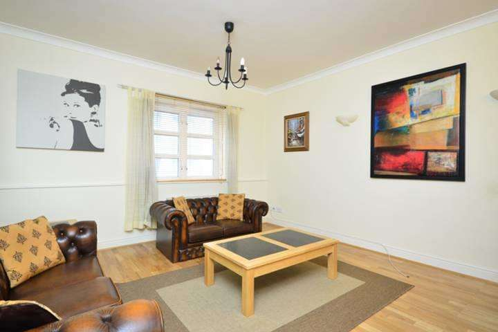 1 Bedroom Apartment Flat for sale in Albany Court, Plumbers Row, London E1