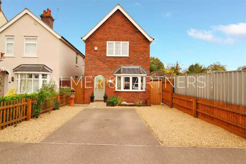 3 Bedrooms Detached House for sale in Darcy Road, Old Heath, Colchester