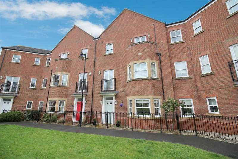 4 Bedrooms House for sale in Featherstone Grove, Newcastle Upon Tyne