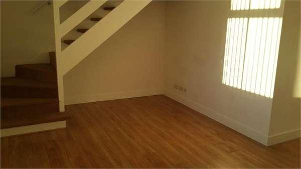 2 Bedrooms Flat for rent in Valley Road, Cradley Heath, West Midlands