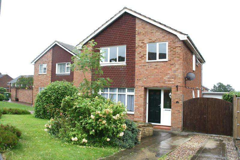 4 Bedrooms Detached House for sale in Loughmill Road, Pershore