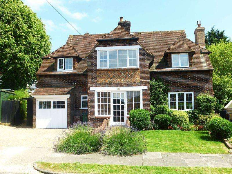 3 Bedrooms Detached House for sale in Court Close, Patcham, Brighton, East Sussex,
