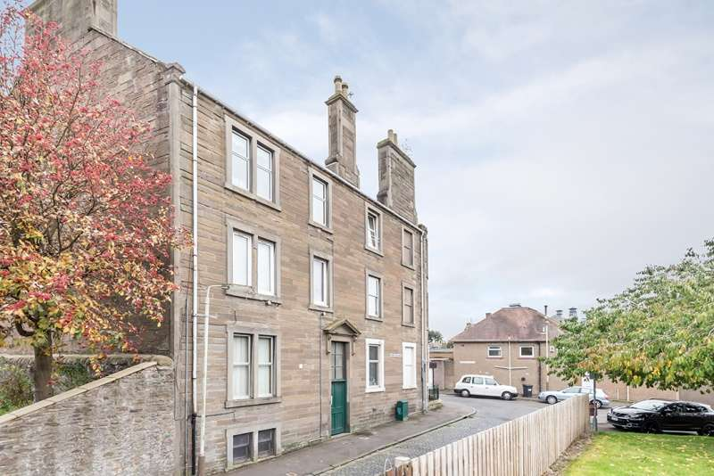 2 Bedrooms Flat for sale in Muirton Road, Dundee, Angus, DD2 2JN