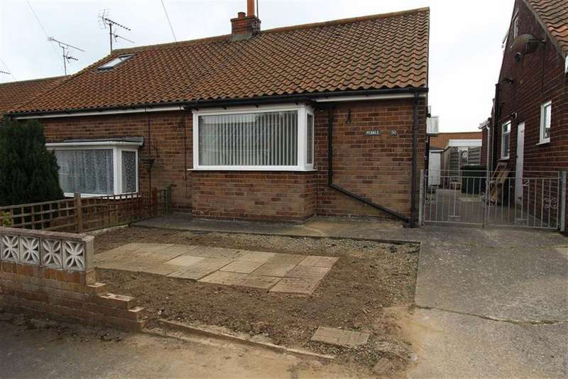 2 Bedrooms Semi Detached Bungalow for sale in Mount Crescent, Bridlington, YO16
