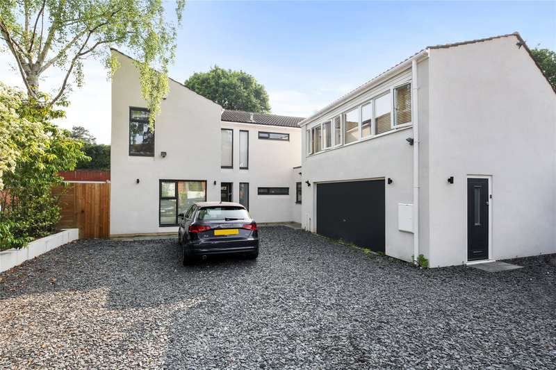 5 Bedrooms Detached House for sale in Hersham Road, Walton-On-Thames, Surrey, KT12