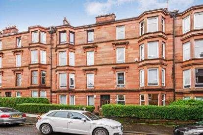 2 Bedrooms Flat for sale in Craigpark Drive, Glasgow, Lanarkshire