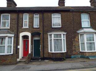3 Bedrooms Terraced House for sale in Newton Road, Faversham