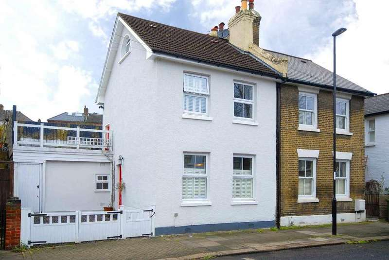 3 Bedrooms Semi Detached House for sale in Stanstead Road
