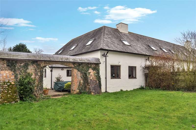 3 Bedrooms House for sale in Woodbeer Gardens, Plymtree, Cullompton, Devon, EX15