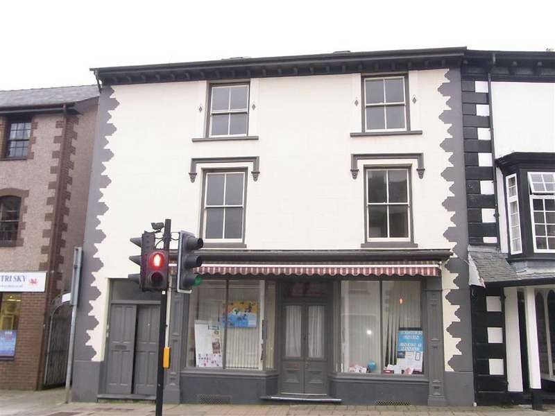 1 Bedroom Flat for rent in Flat 2, 6, Penrallt Street, Machynlleth, Powys, SY20