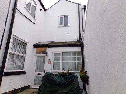 2 Bedrooms Flat for sale in Seabank Road, Southport, Lancashire, Uk, PR9
