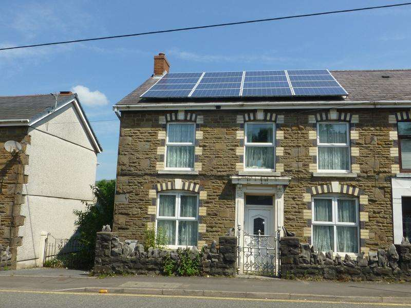 4 Bedrooms Semi Detached House for sale in Cwmamman Road, Garnant, Ammanford, Carmarthenshire.