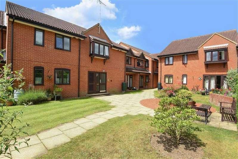 1 Bedroom Retirement Property for sale in Eastwood Lodge, Bramley, Guildford, Surrey, GU5