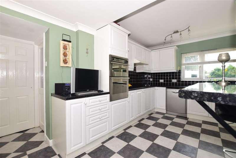 4 Bedrooms Semi Detached House for sale in Barnehurst Avenue, Bexleyheath, Kent