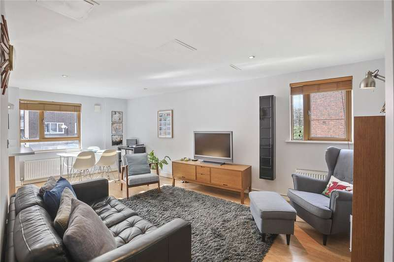 2 Bedrooms Flat for sale in Eastern House Wolverley Street Bethnal Green E2