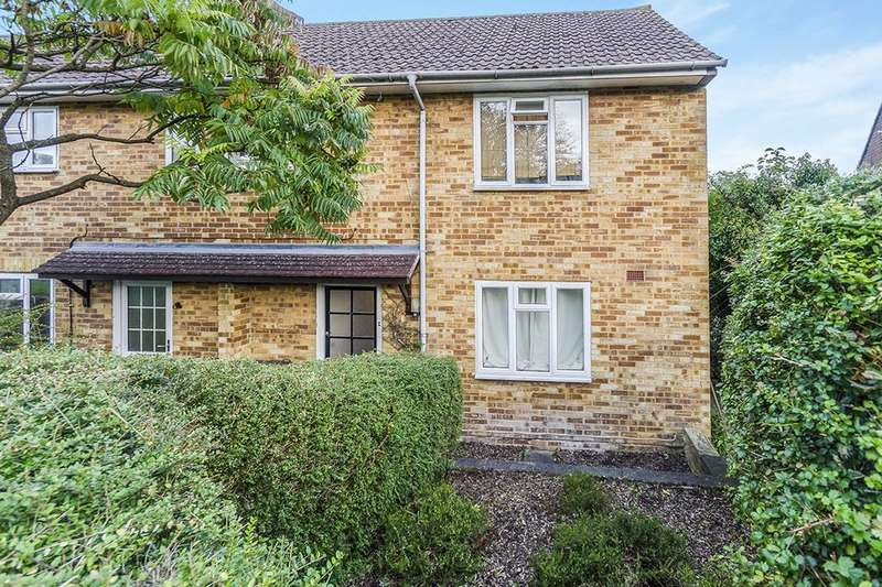 1 Bedroom Flat for sale in Fox Lane, Winchester, SO22