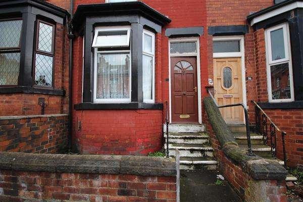 4 Bedrooms Terraced House for sale in Dorset Mount, Leeds